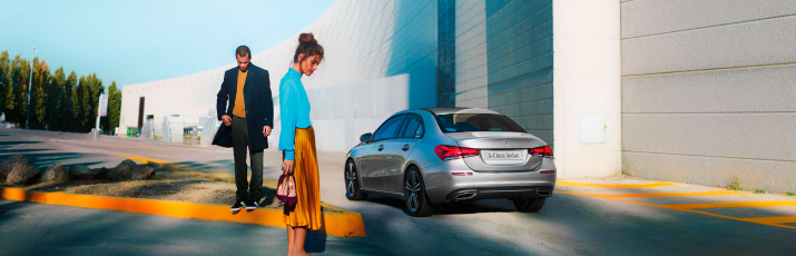 Simplicity Finance: Lease. Drive. Return. At G Brothers | Mercedes-Benz Dealer Sydney